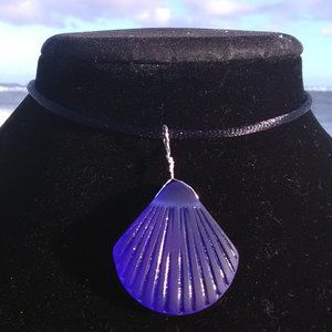 Carved Dark Blue Sea Glass Sea Shell Necklace